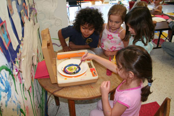 KIDSPACE Students Painting